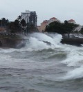 Waves crash along the shores of the Malecon in Santo Domingo, Dominican Republic, August 28, 2015. Tropical Storm Erika threatened Haiti with heavy rain and strong winds on Friday as it swirled across the Caribbean but showed signs of petering out as it headed toward south Florida, the U.S. National Hurricane Center said. Due to some likely weakening over mountainous areas of Haiti and Cuba, Erika was no longer forecast to make landfall in the United States as a hurricane. Instead, it could lose tropical storm strength over the next two days, with winds falling below 40 mph (64 kph) as it moves over eastern Cuba, though heavy rain was still a concern. REUTERS/Ricardo Rojas  - RTX1Q44S
