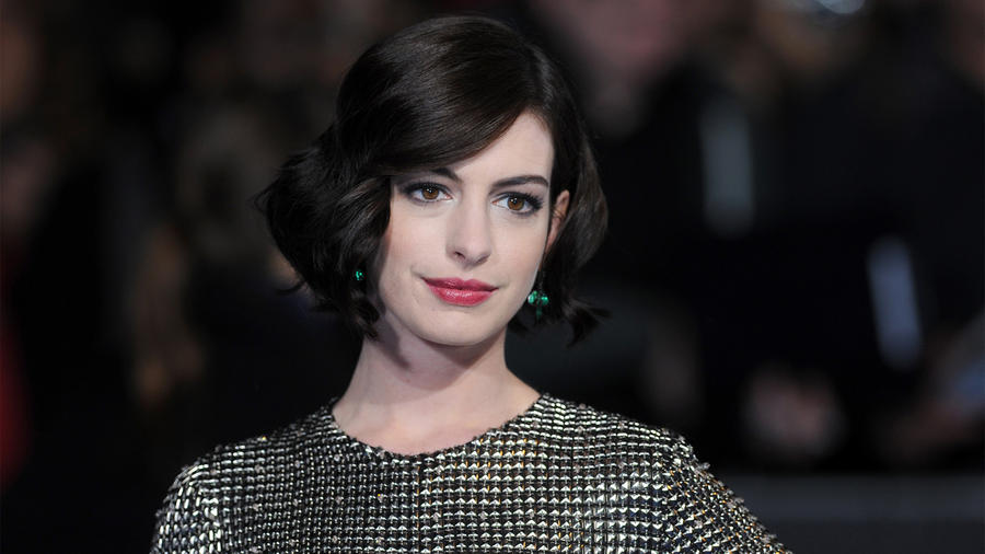 "LONDON, ENGLAND - OCTOBER 29:  Anne Hathaway attends the European premiere of ""Interstellar"" at Odeon Leicester Square on October 29, 2014 in London, England.  (Photo by Stuart C. Wilson/Getty Images)"