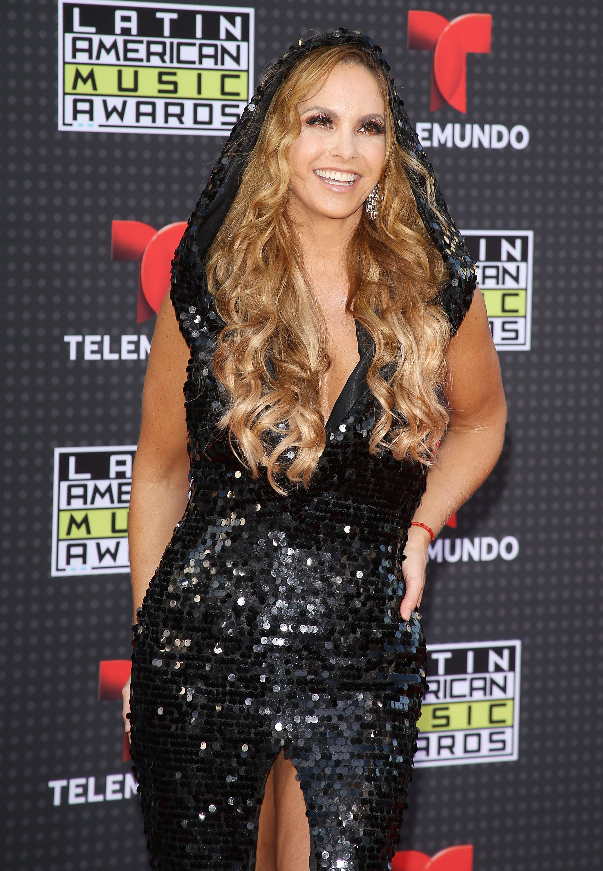 arrives at teh Latin American Music Awards 2015 held at Dolby Theatre on October 8, 2015 in Hollywood, California.