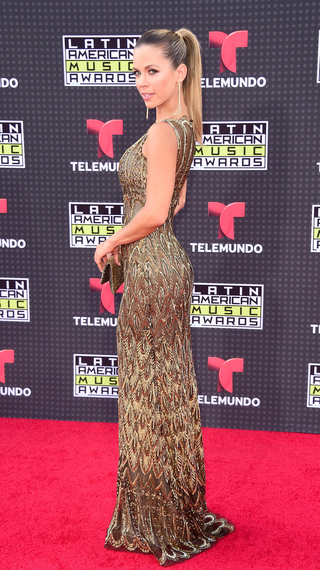 HOLLYWOOD, CA - OCTOBER 08:  Actress Ximena Duque attends Telemundo's Latin American Music Awards at the Dolby Theatre on October 8, 2015 in Hollywood, California.  (Photo by Frazer Harrison/Getty Images)