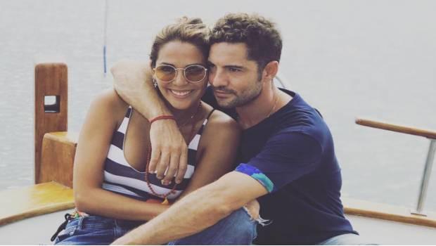 David Bisbal anuncia su compromiso con Rosanna Zanetti